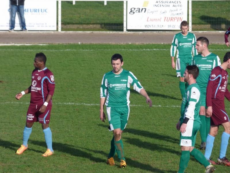 Olympic club montauban football 2015 01 17 senior a 32 me coupe de bretagne - Coupe de bretagne seniors ...